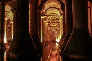 cistern-376391_1280
